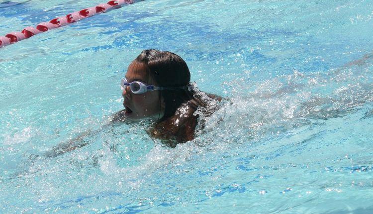 """""""Umiem pływać"""". Program Powszechnej Nauki Pływania dla uczniów klas I-III szkół podstawowych"""