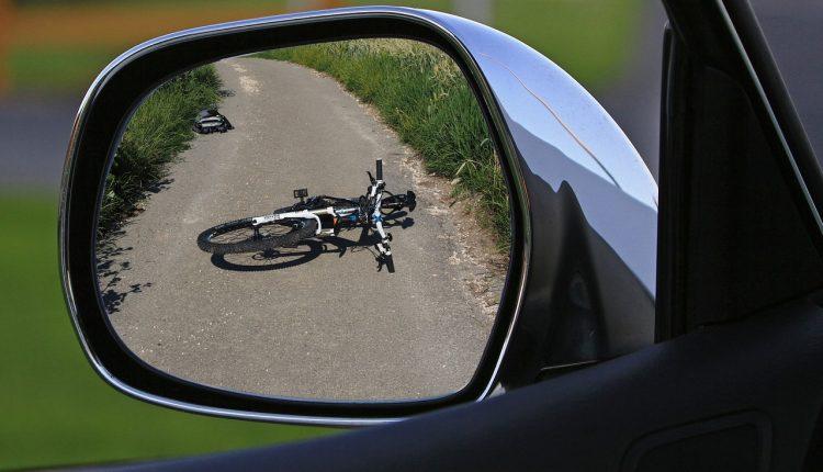 Potrącenie rowerzysty i nietrzeźwi kierujący. Kronika policyjna