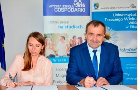 Burmistrz podpisał umowę w sprawie utworzenia filii Uniwersytetu Trzeciego Wieku