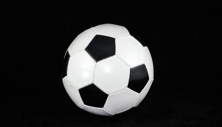 Mistrzostwa Powiatu Oleckiego SZS w Piłce Nożnej Dziewcząt i Chłopców – rocznik 2004-2002